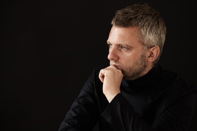 Kirill Karabits 1101 cDenis Manokha